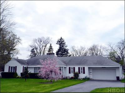 Findlay OH Single Family Home For Sale: $172,500