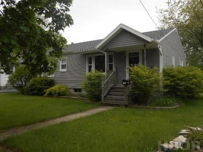 Findlay OH Single Family Home For Sale: $125,900