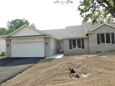 Findlay OH Condo/Townhouse For Sale: $212,500