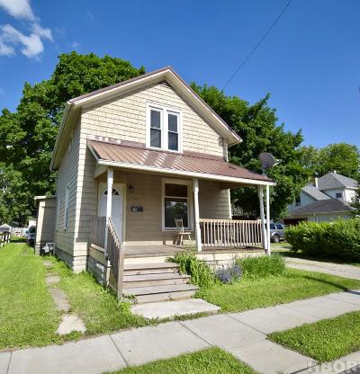 Fostoria Single Family Home For Sale: 114 N Countyline