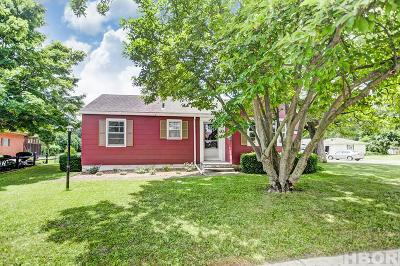 Single Family Home For Sale: 1101 E Main Cross St