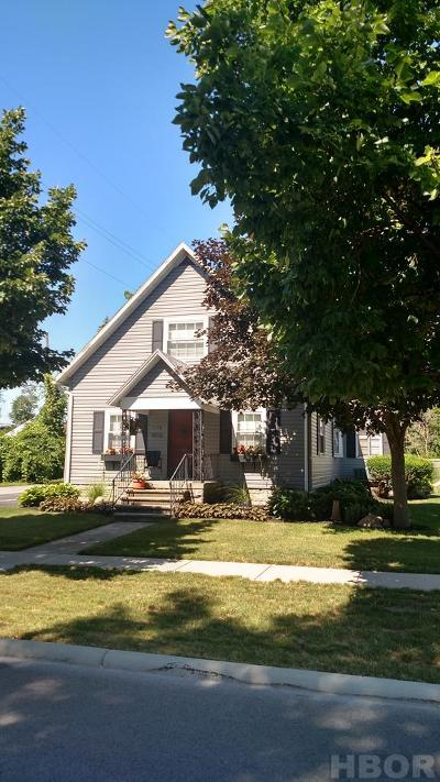Findlay OH Single Family Home For Sale: $144,900