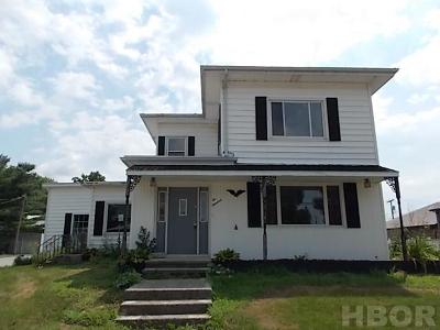 Mt Blanchard Single Family Home For Sale: 200 S Main St