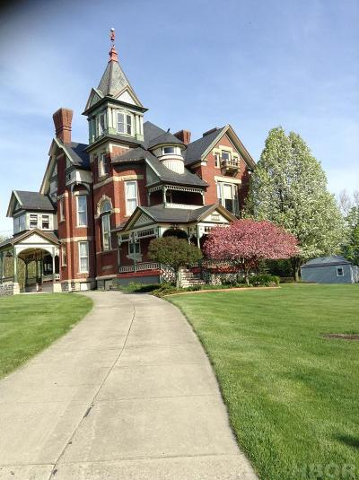 Findlay OH Single Family Home For Sale: $439,950