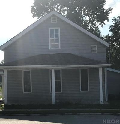 Single Family Home For Sale: 459 N Town Street