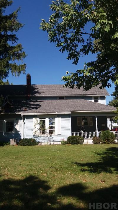 Findlay OH Single Family Home For Sale: $145,900