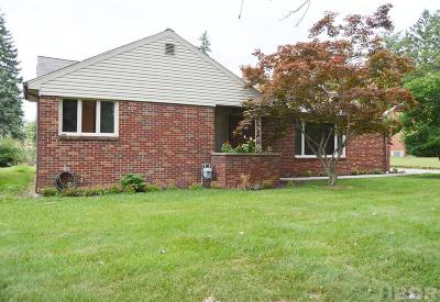 Findlay OH Single Family Home For Sale: $133,000