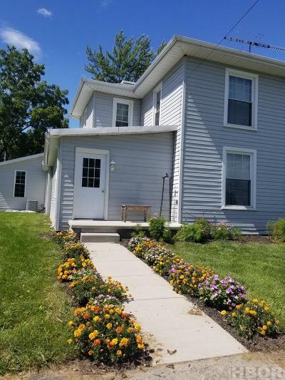 Arlington Single Family Home For Sale: 320 N Main St