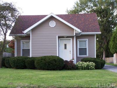 Findlay Single Family Home For Sale: 308 W Yates
