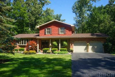 Findlay Single Family Home For Sale: 16130 Beechwood Rd