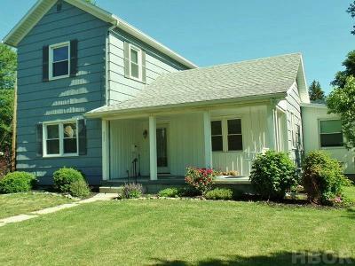 Fostoria Single Family Home For Sale: 652 W Fremont