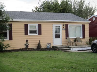 Findlay OH Single Family Home For Sale: $83,000