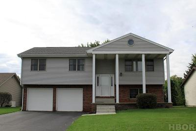 Findlay OH Single Family Home For Sale: $191,900