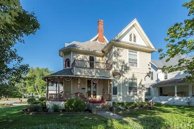Fostoria Single Family Home For Sale: 703 N Union