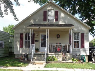 Fostoria Single Family Home For Sale: 208 Seneca Ave