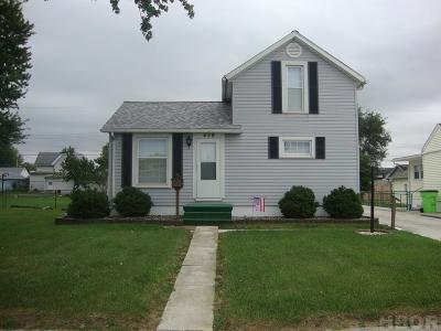Fostoria Single Family Home For Sale: 419 Kennard St