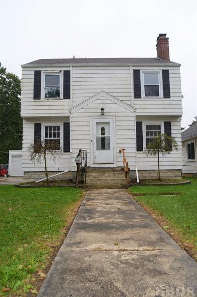 Fostoria Single Family Home For Sale: 143 E Jones St
