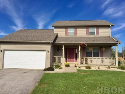 Findlay Single Family Home For Sale: 1504 Cranberry Ln