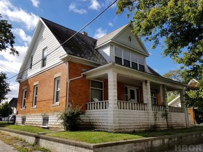 Fostoria Single Family Home For Sale: 117 E Fremont