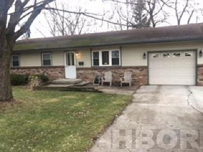Fostoria Single Family Home For Sale: 718 McDougal
