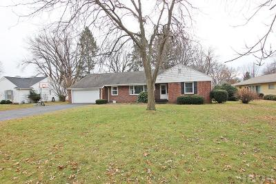 Fostoria Single Family Home For Sale: 1235 Jefferson Rd