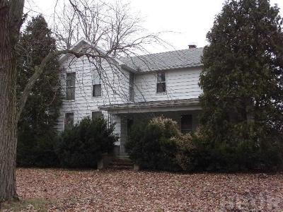 Fostoria Single Family Home For Sale: 430 W Center