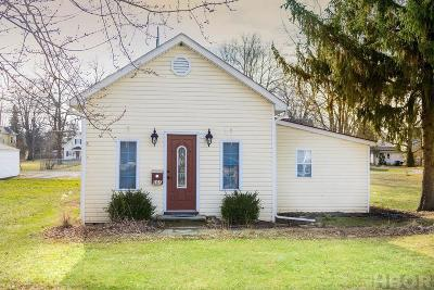 Findlay OH Single Family Home For Sale: $107,000