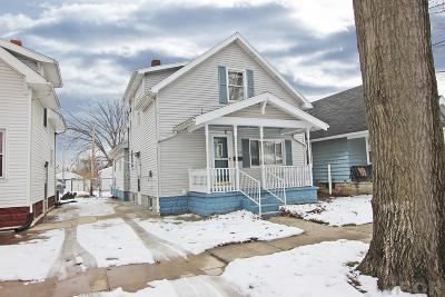 Fostoria Single Family Home For Sale: 293 W Fourth St