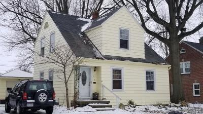Fostoria Single Family Home For Sale: 617 College Ave