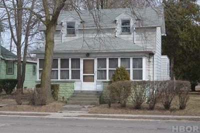 Single Family Home For Sale: 312 N Countyline St