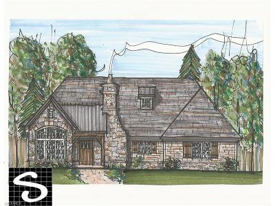 Bratenahl Single Family Home For Sale: 18 East Hanna Ln