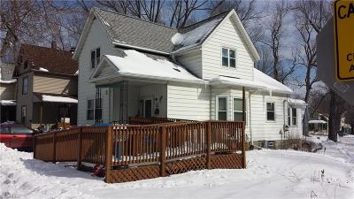 Conneaut Single Family Home For Sale: 438 Harbor Street
