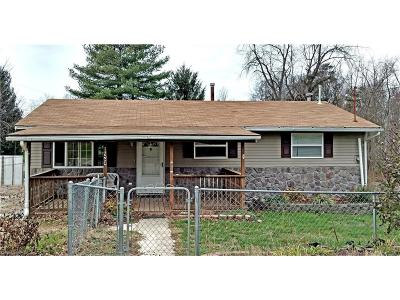 Williamstown Single Family Home For Sale: 156 Elmwood Heights Rd