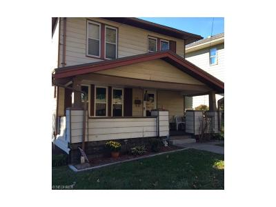 Guernsey County Single Family Home For Sale: 438 Woodlawn Ave