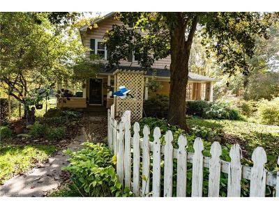 Mantua Single Family Home For Sale: 10892 Park St