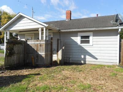Single Family Home Sold: 1109 Pine St
