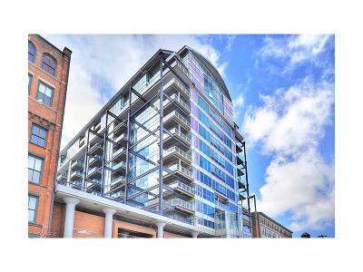 Condo/Townhouse For Sale: 701 West Lakeside Ave #503