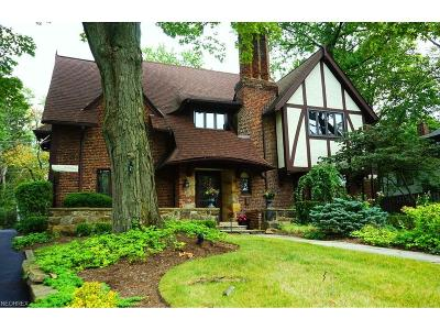 Shaker Heights Single Family Home For Sale: 2939 Montgomery Rd