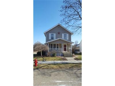 Single Family Home Sold: 625 Oak St Northwest