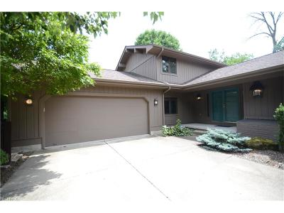Poland Single Family Home For Sale: 3025 Olde Winter Trl