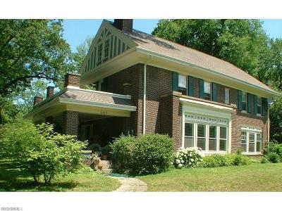 Cleveland Heights Single Family Home For Sale: 3137 Fairmount Blvd