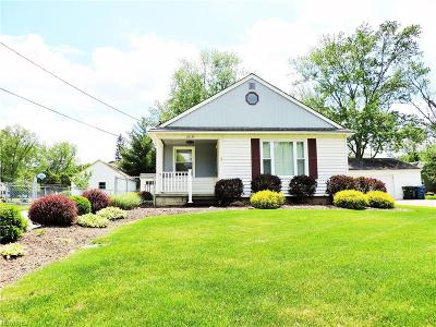 Olmsted Falls Single Family Home For Sale: 26135 Cook Rd