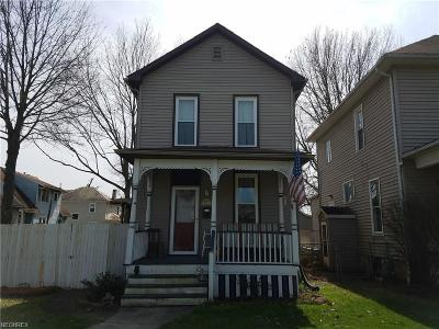 Zanesville Single Family Home For Sale: 914 Locust Ave