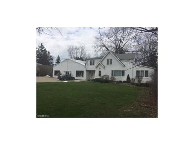 North Royalton Single Family Home For Sale: 11450 Ridge Rd