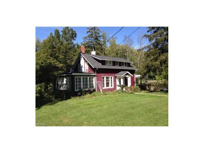 Olmsted Falls Single Family Home For Sale: 7486 River Rd