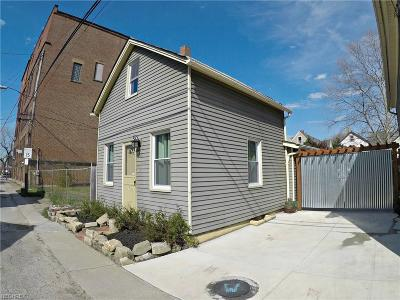 Single Family Home For Sale: 2513 West 15th St