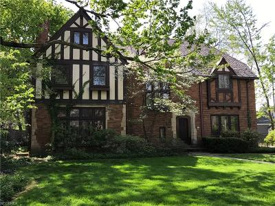 Shaker Heights Single Family Home For Sale: 3018 Montgomery Rd