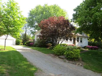 North Bloomfield Single Family Home For Sale: 2645 Kinsman Rd