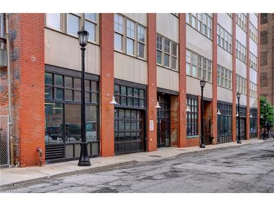 Condo/Townhouse For Sale: 1260 West 4th St #303