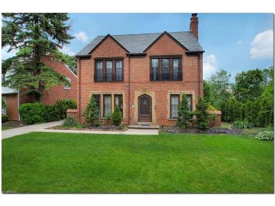 Shaker Heights Single Family Home For Sale: 3645 Norwood Rd